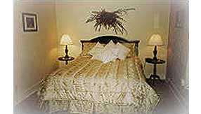 Sweet Dreams Room at Halvorsen House Bed and Breakfast