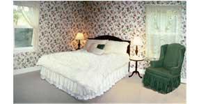 Misty Rose Room at Halvorsen House Bed and Breakfast
